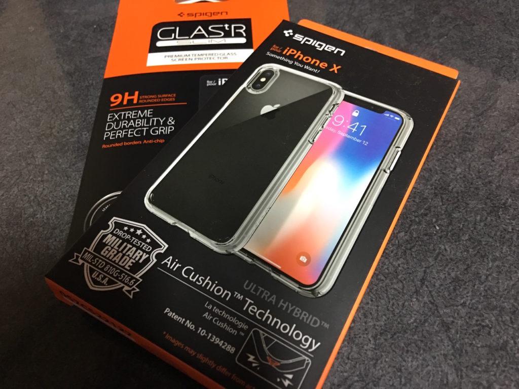 iPhoneXケースとガラスフィルム